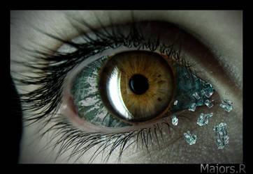 Glass Eye by MajorsR