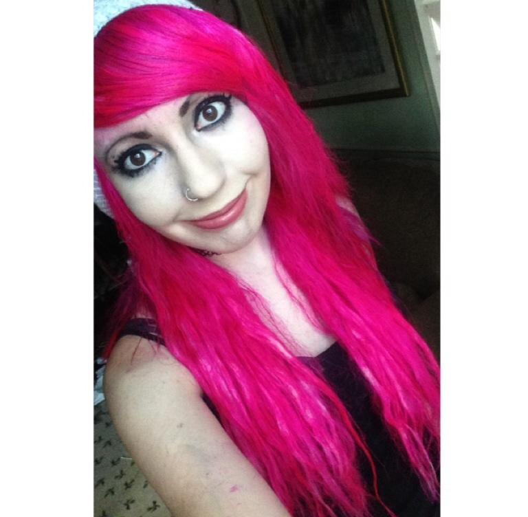 Pink Hair by eszalkowski229