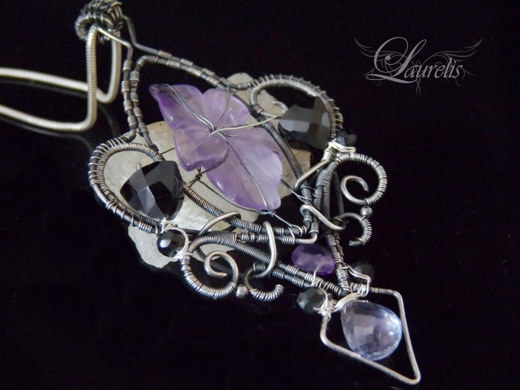 Lailla by Laurelis
