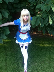 Me as Alice: ID 2 by Scarlett-Vendetta