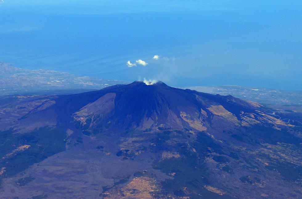 Volcan by Exileden