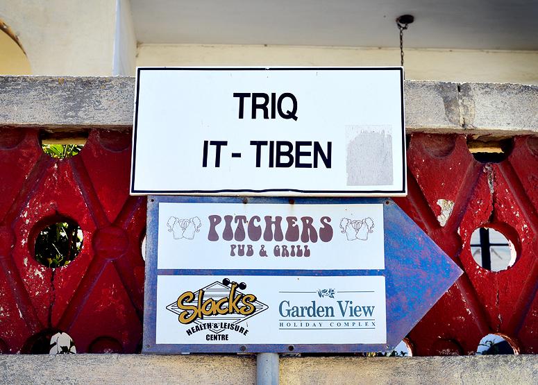 Triq by Exileden