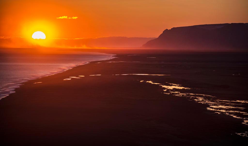 Sunset by Exileden