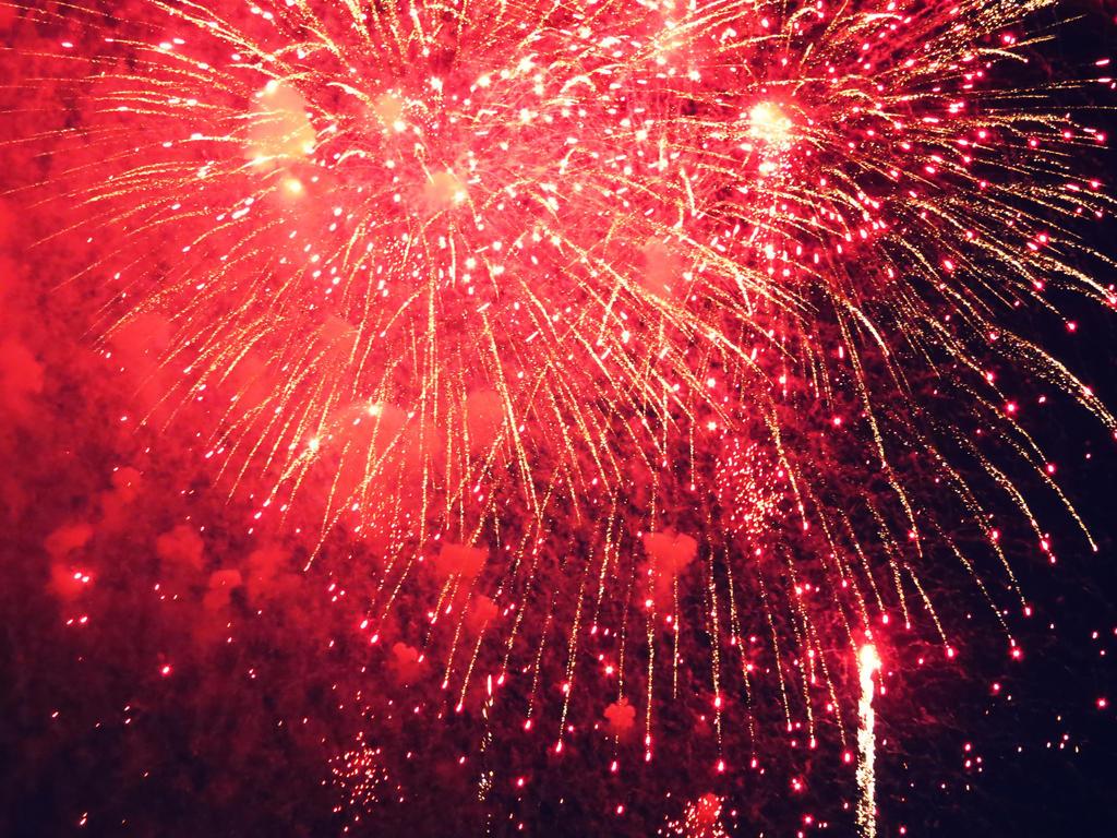 Fireworks over Washington DC by evelynrosalia