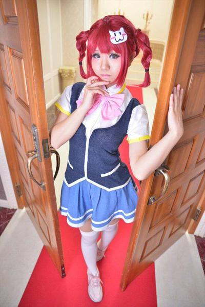 http://img04.deviantart.net/84d1/i/2015/357/d/5/valkyrie_drive__mermaid_cosplay_by_yona42-d9l96ot.jpg