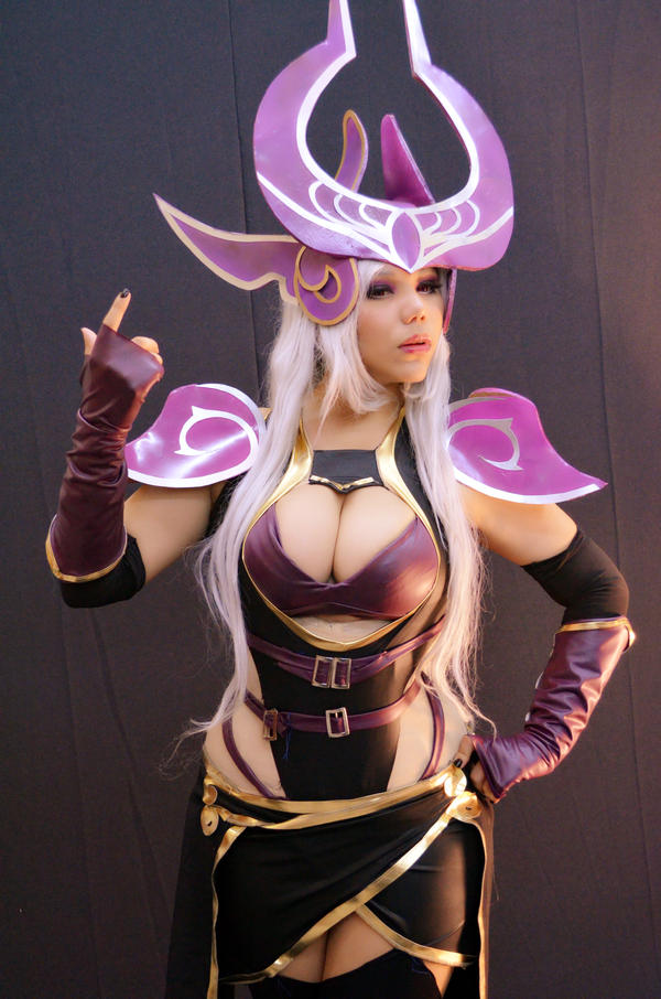 dark sovereign Syndra by dashcosplayLeague Of Legends Syndra Cosplay
