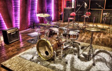 Studio Drum HDR by evrengunturkun
