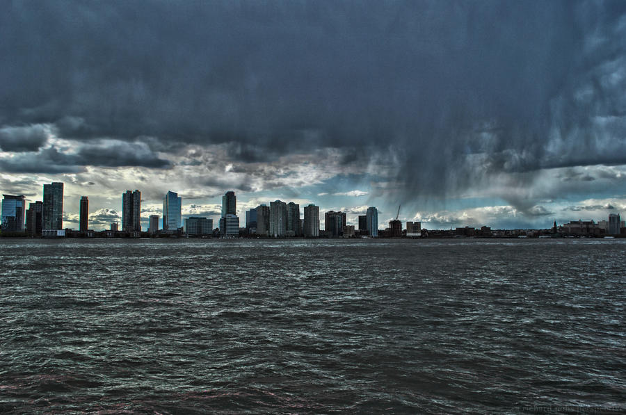 Storm Over the Hudson by RichardNohs