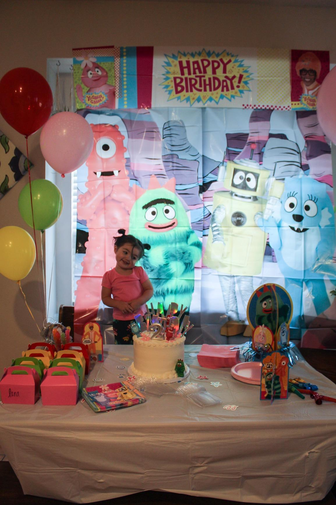 Yo Gabba Gabba Birthday Party Decorations from images-wixmp-ed30a86b8c4ca887773594c2.wixmp.com