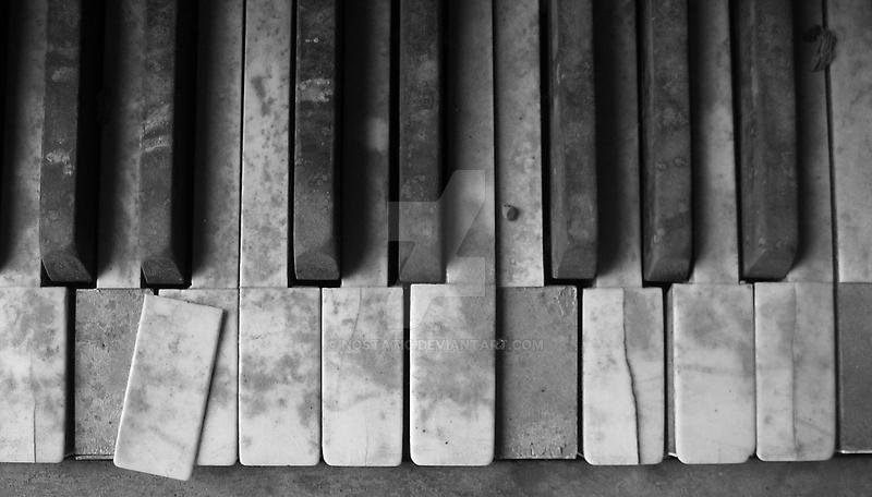 katrina piano by nostatic
