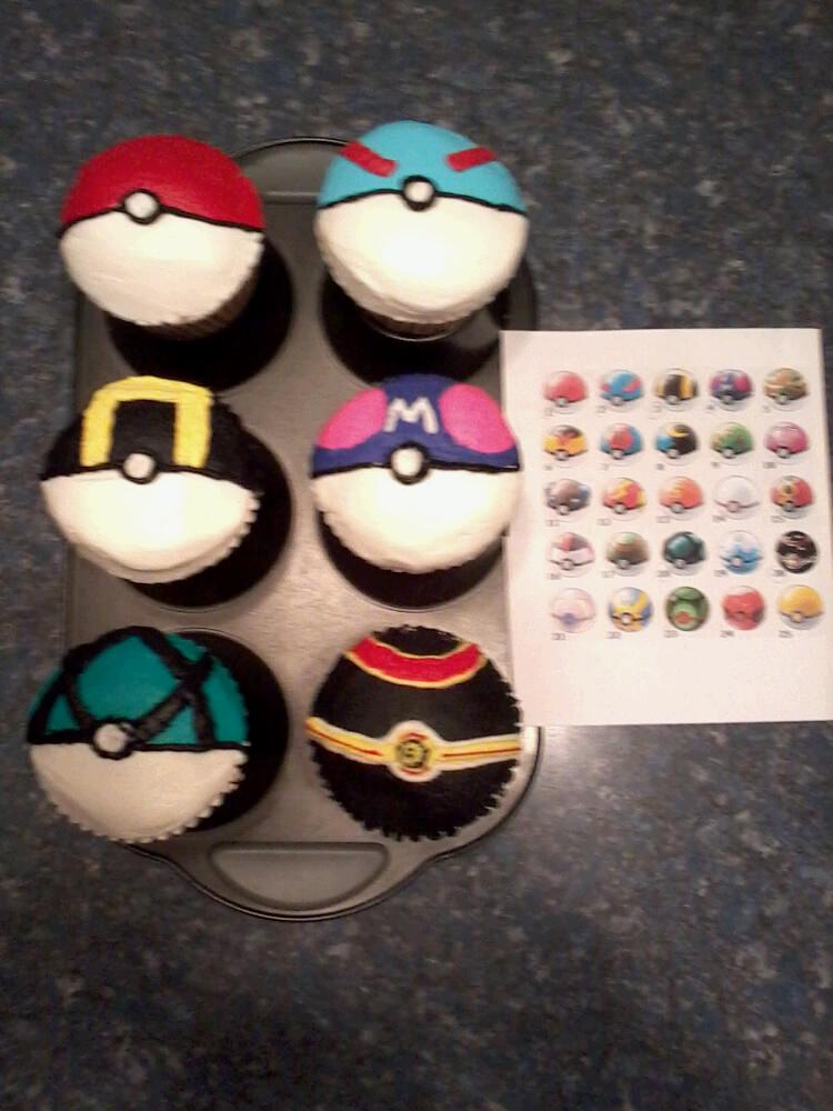 Poke Ball Cupcakes by Navi128
