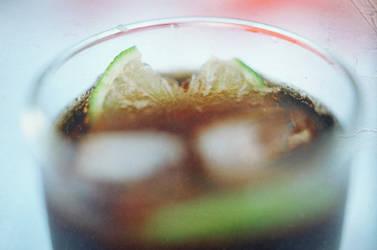 coke plus lemon plus ice