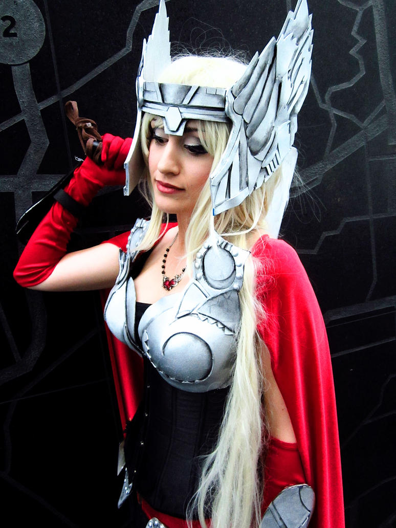 Lady Thor Cosplay by piratesavvy07
