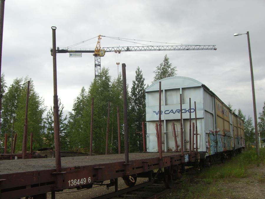 Cargo train in Joensuu / Hupsu junakuva by soilevuo