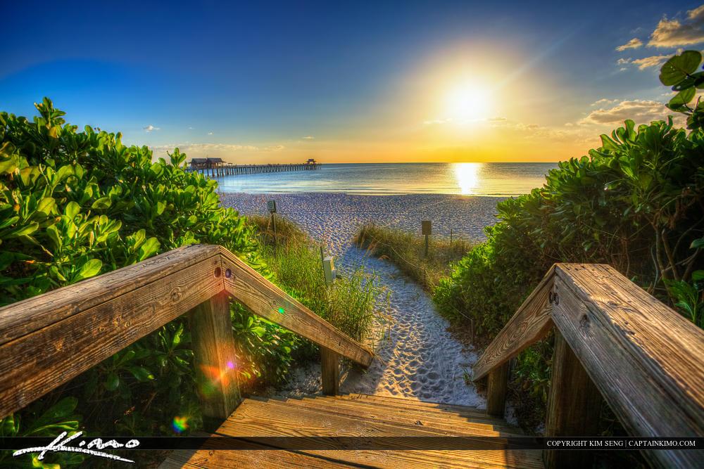 Naples-Florida-Sunset-Steps-to-Pier