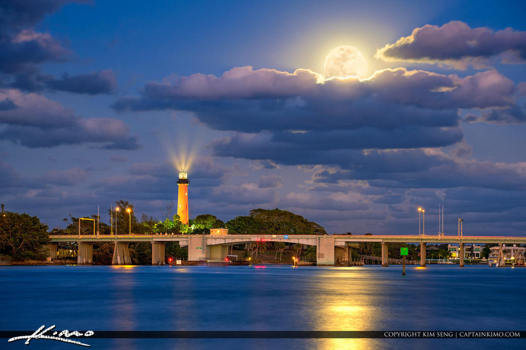 Full-Moon-Rise-Over-Waterway-at-the-Jupiter-Inlet- by CaptainKimo