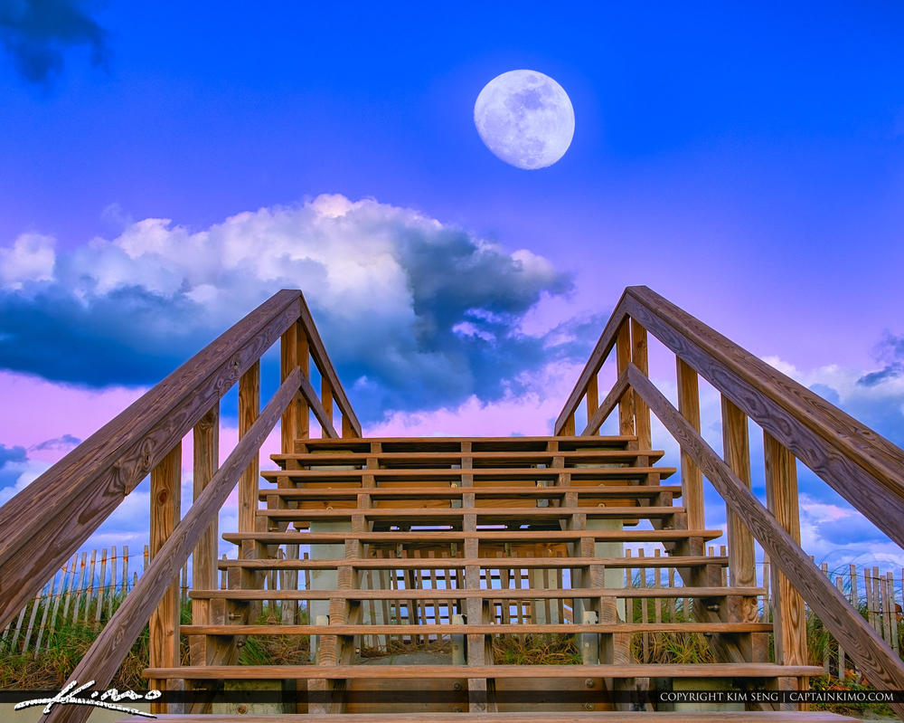 Jupiter-Bach-Park-Moon-Rise-Over-the-Stairs-to-Bea by CaptainKimo