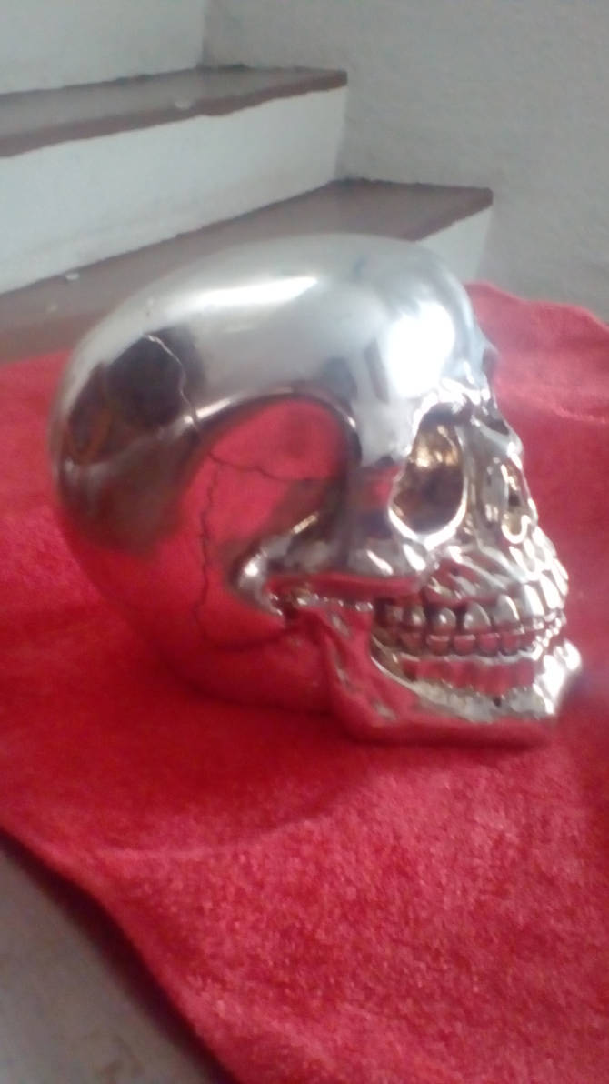 METAL SKULL by ascencioirving