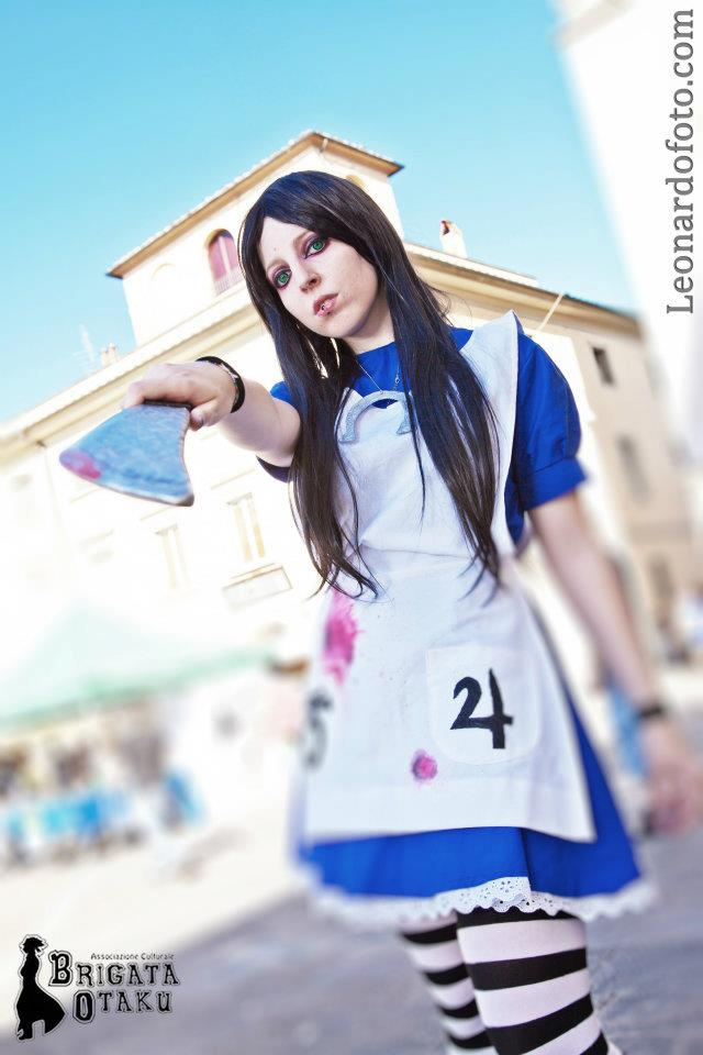 Life is just a game - Alice Madness Returns by Levita90