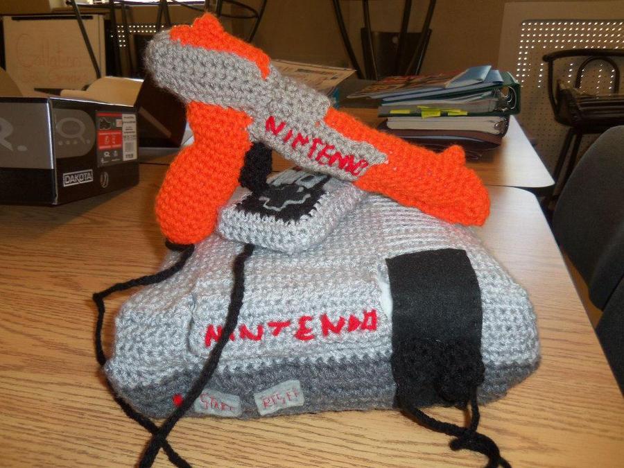 Crochet NES Nintendo plush 2 by Sasophie