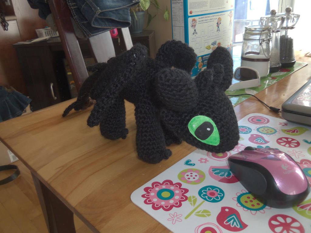 Toothless crochet plush by Sasophie
