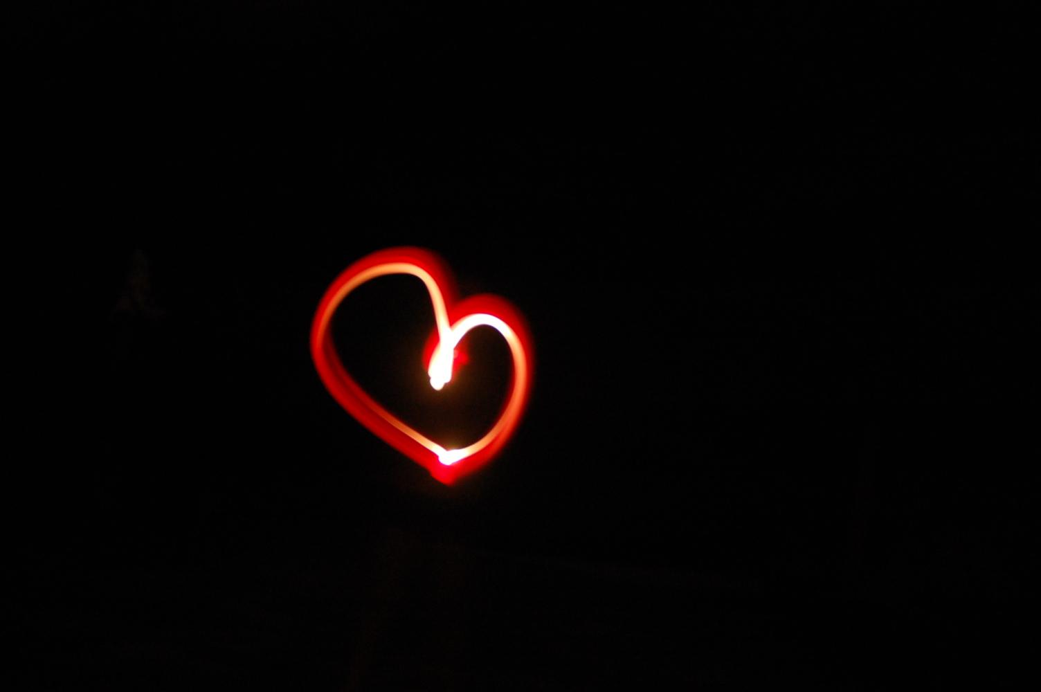 Red Heart by xlyricdx3