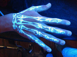 UV Skeleton hand by AliciaQuinby