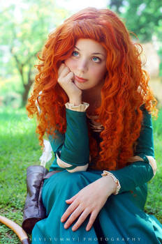 Merida Cosplay : I cant get away from anything !