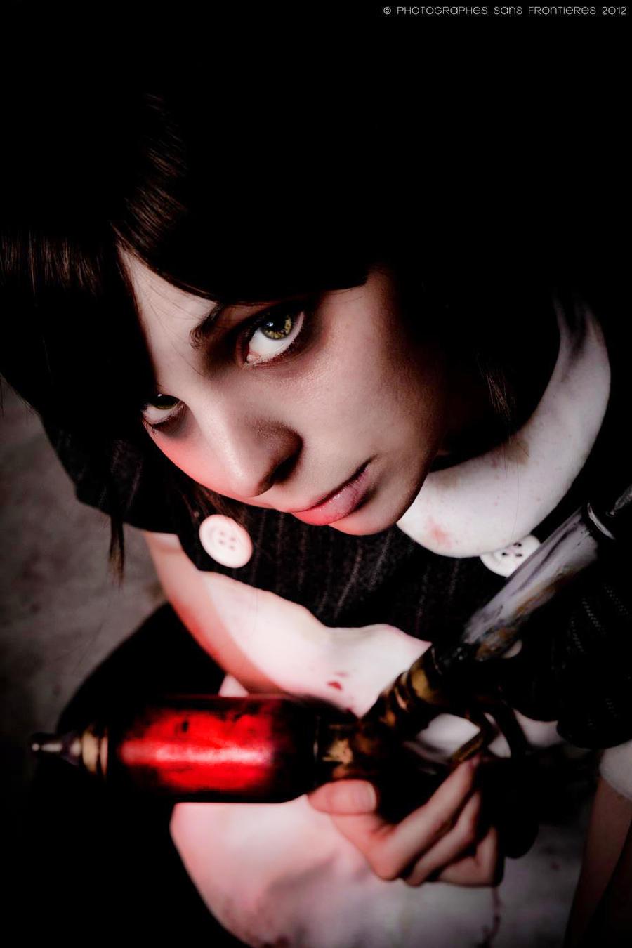 Aw it looks sad, Mr. B. - Littl Sister: Bioshock