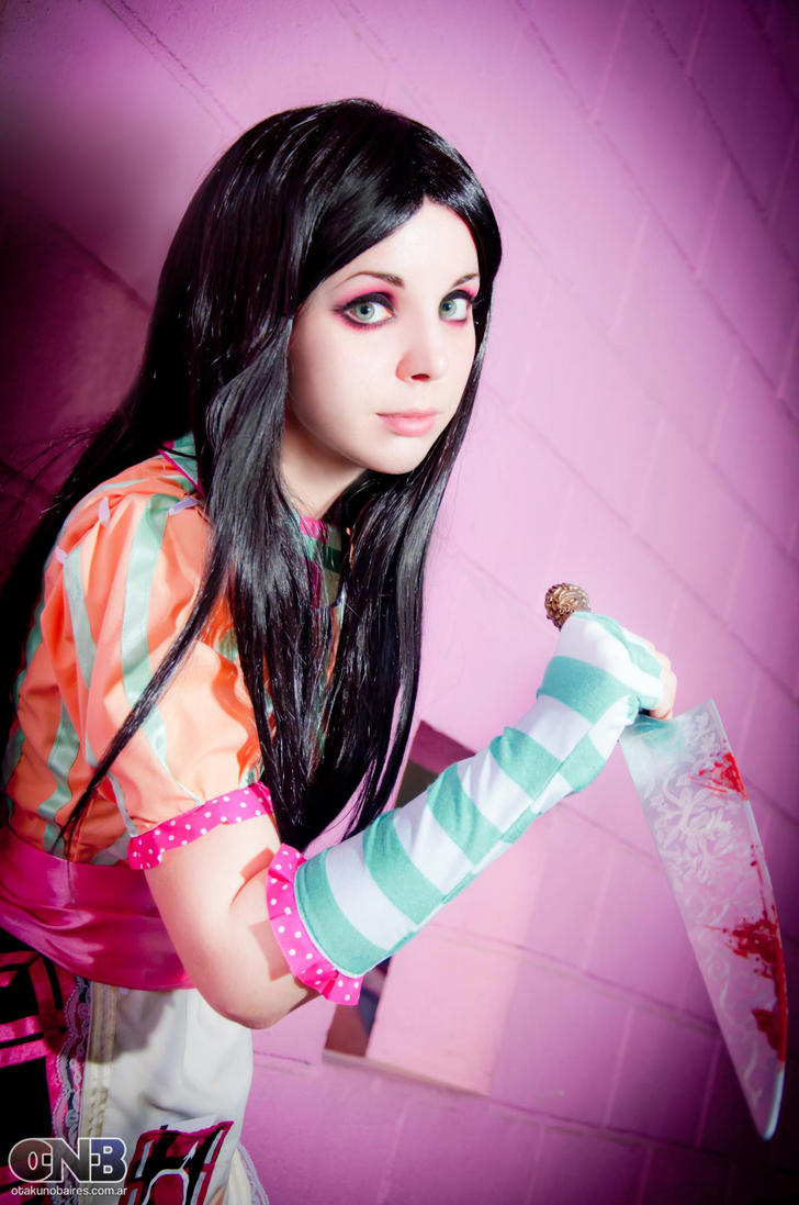 Alice:  Madness Returns Cosplay - Misstitched by Thecrystalshoe