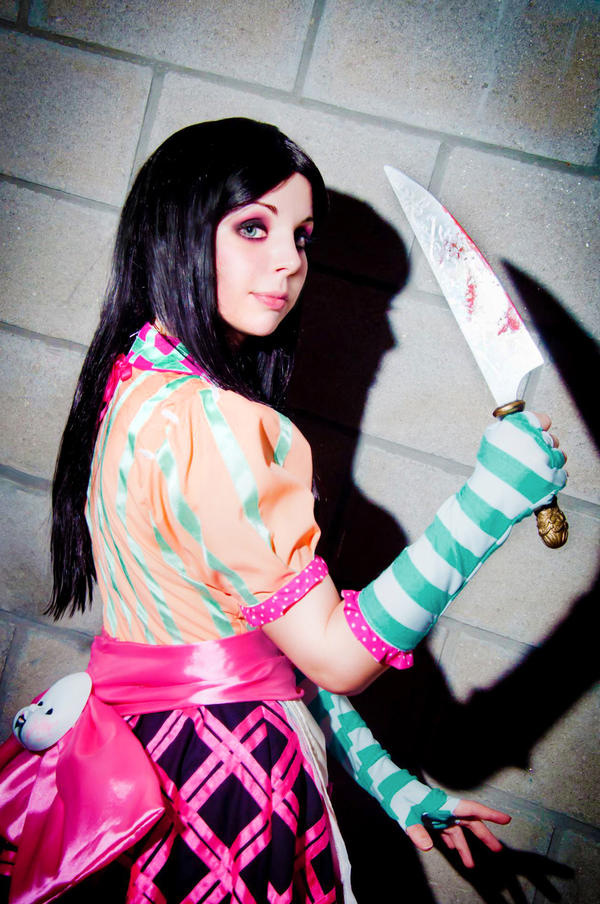 Alice Madness Returns Cosplay - Dollhouse by Thecrystalshoe