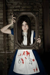 Alice Liddell Cosplay - Madness Returns by Thecrystalshoe