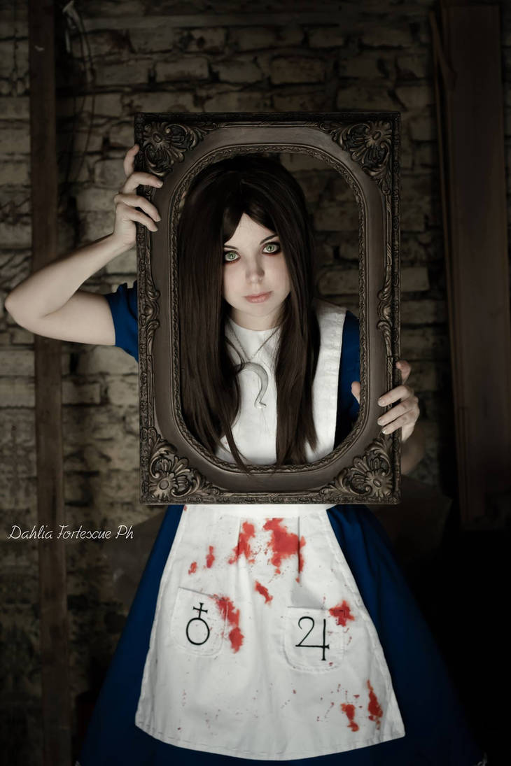 Alice Liddell Cosplay - Madness Returns