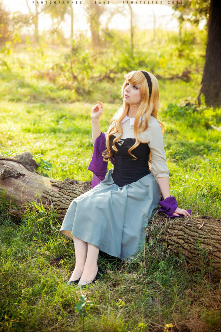 Briar Rose - Cosplay by Thecrystalshoe