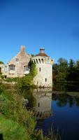 Scotney Castle Turret by aberlioness