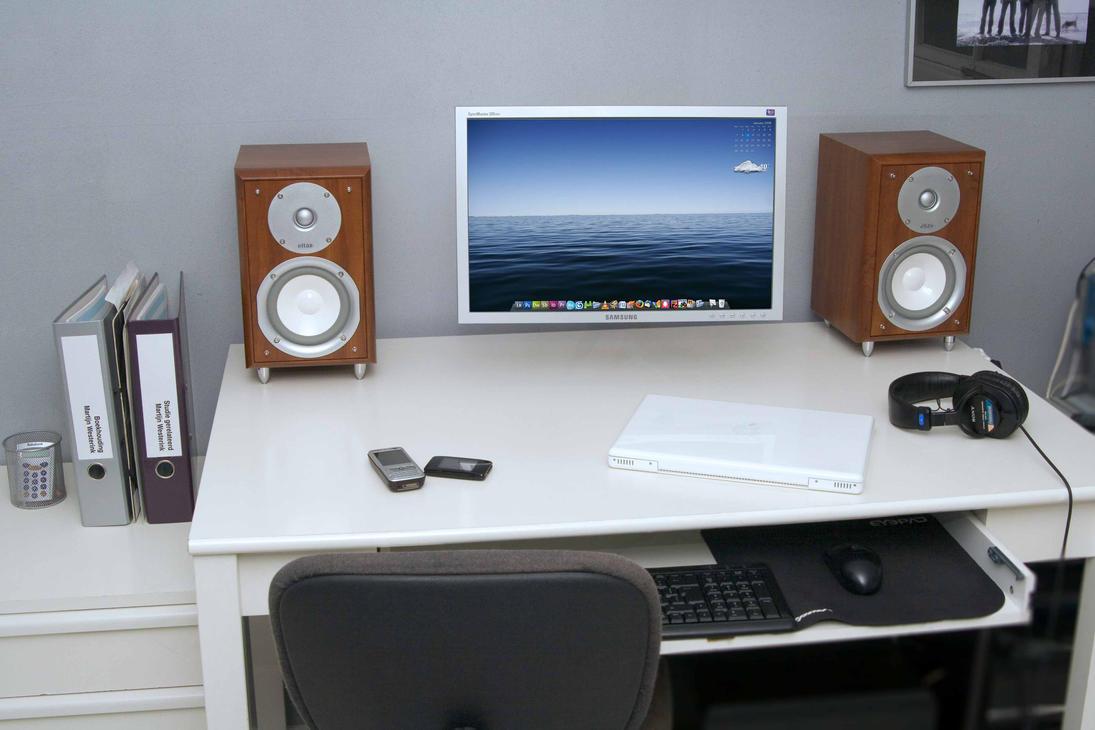Desktop 01-2008 by Martijn86