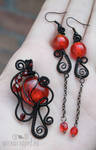 Black and red gothic set