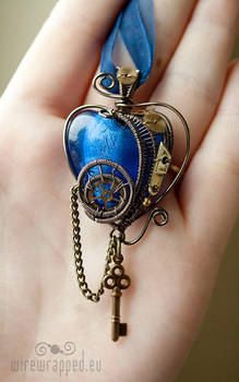 Steampunk heart with a key