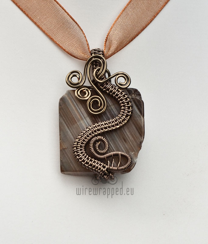Chinese dragon pendant by ukapala