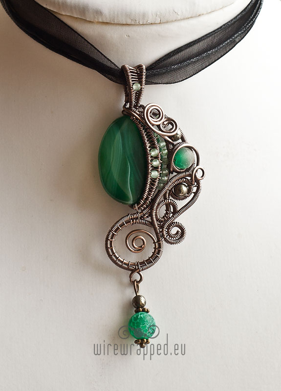 Emerald green fantasy pendant by ukapala on deviantart emerald green fantasy pendant by ukapala aloadofball Image collections