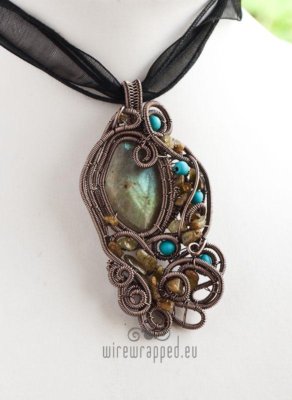 Labradorite and amber pendant by ukapala