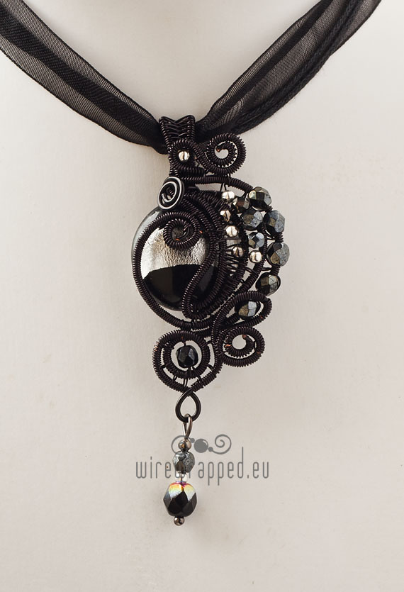 Black and silver gothic pendant by ukapala