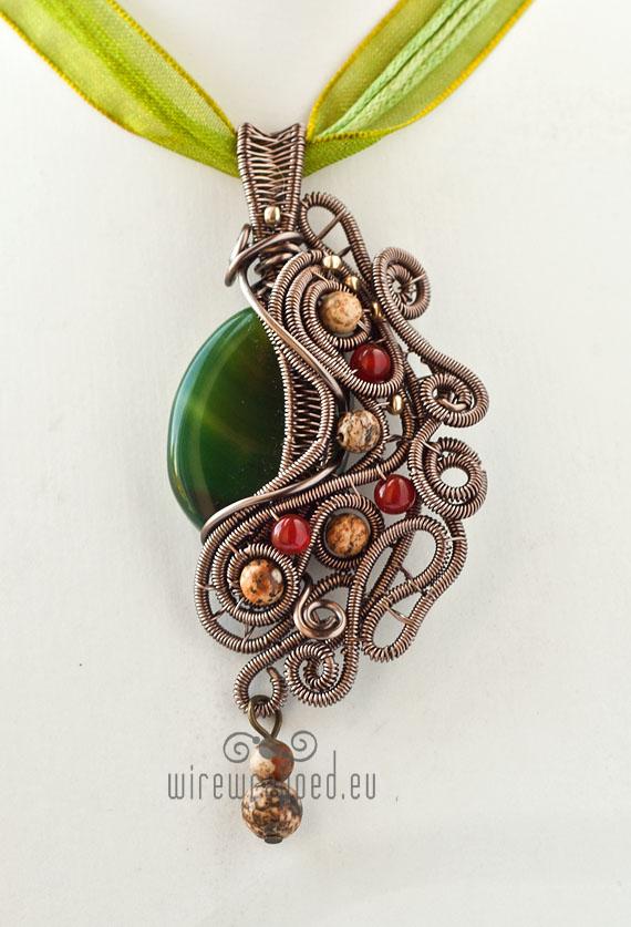Green agate pendant by ukapala