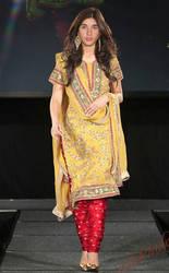 72602e11d7 xxshinchan12xx 0 0 Justin Bieber In Anarkali Salwar Dress by xxshinchan12xx