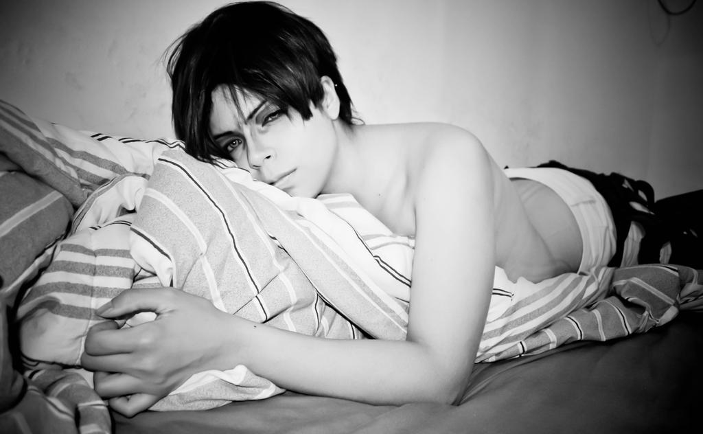 Rivaille in bed by RenataMayfair