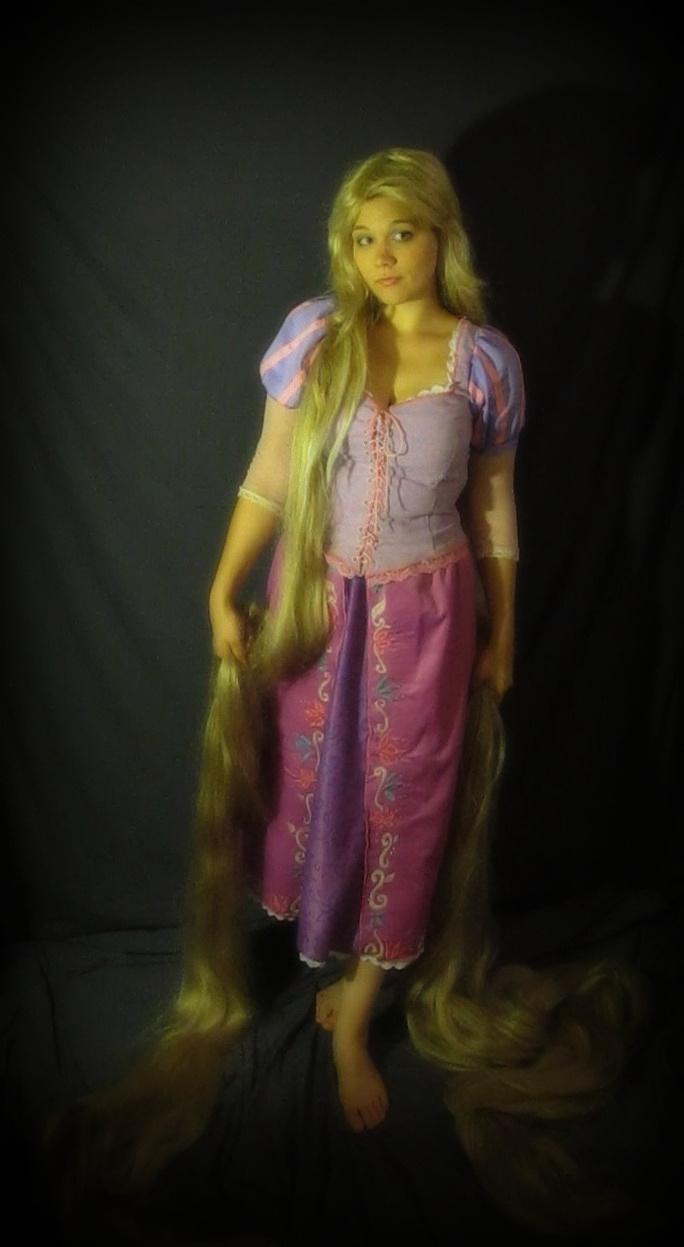 Rapunzel Cosplay by Ringo-Chu
