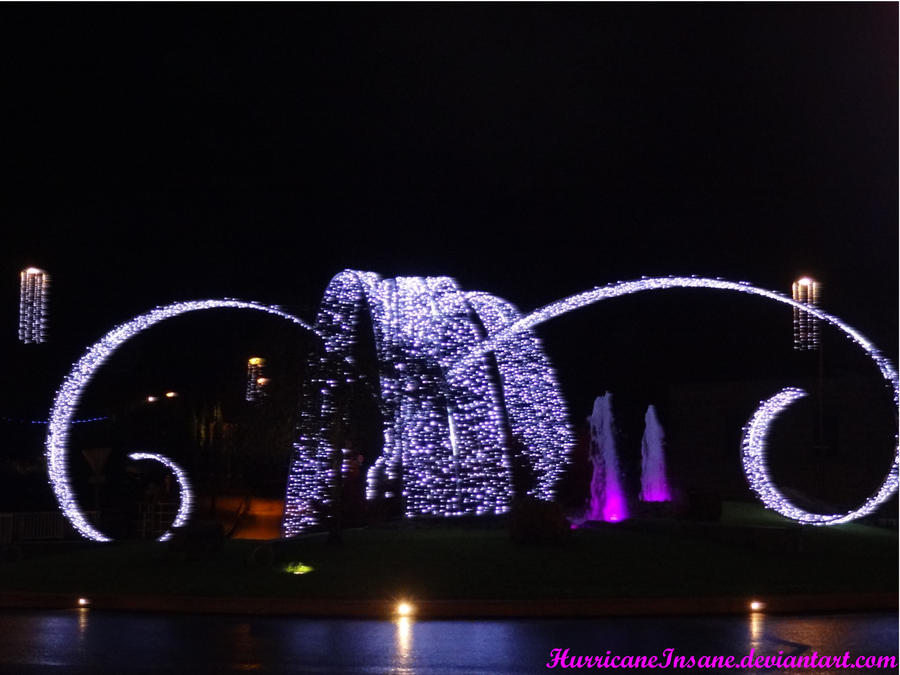 Fountain by HurricaneInsane