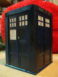 TARDIS box by TheOtherShiroki