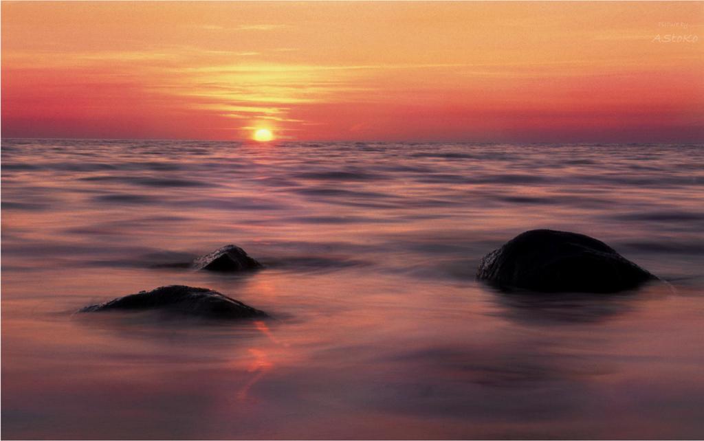 Sunset Sky by AStoKo