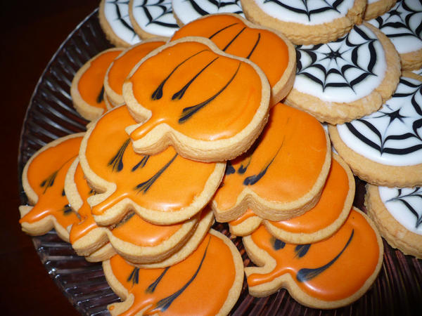 Pumpkin Sugar Cookies by ilovemylife718